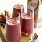 Creamy almond and mixed berry smoothie